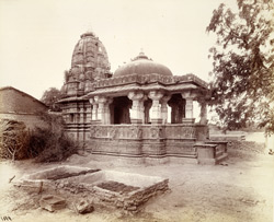General view of the Vyaghreshvari Temple, Dhenuj, Gujarat